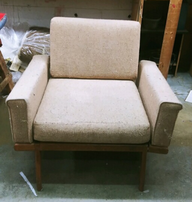 Chrisitval-Chair-Before